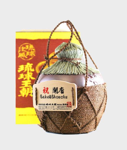 awamori in ryukyu dynasty jar 1800 ml